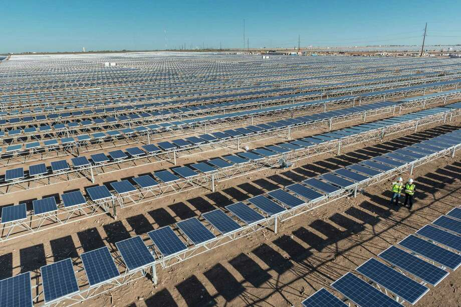 OCI Solar Power's Alamo 4 plant in Brackettville is one of four currently in operation in a partnership with CPS Energy.  Photo: OCI Solar Power