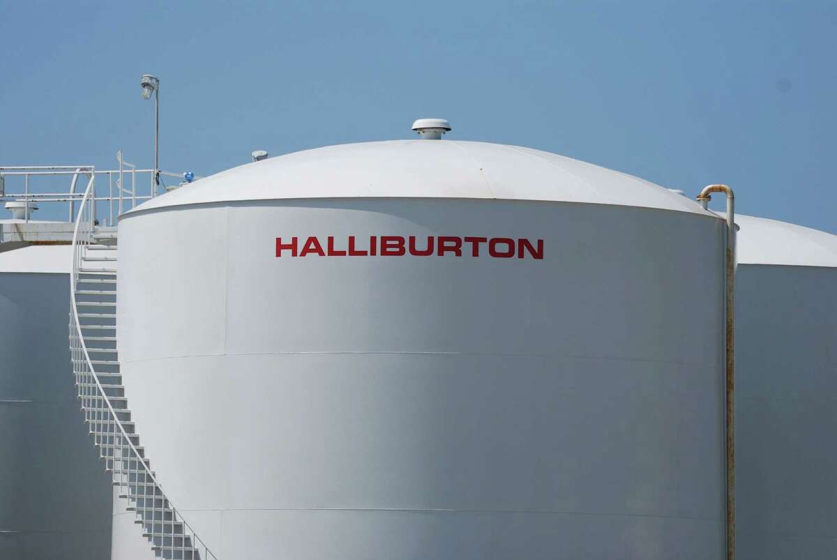 (FILES) This April 8, 2011 file photo shows a Halliburton facility in Port Fourchon, Louisiana. The world's second biggest oil services company, Halliburton, is threatening to overturn the board at Baker Hughes after merger talks between the two US companies stalled, the smaller company said November 14, 2014. Baker Hughes said Halliburton, which had presented an