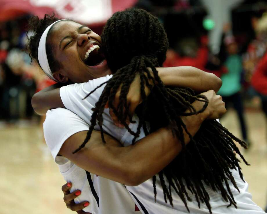 Stanford's Briana Roberson and Lili Thompson celebrate 88-86 win over Connecticut during Women's Basketball in Stanford, Calif., on Monday, November 17, 2014. Photo: Scott Strazzante / The Chronicle / ONLINE_YES