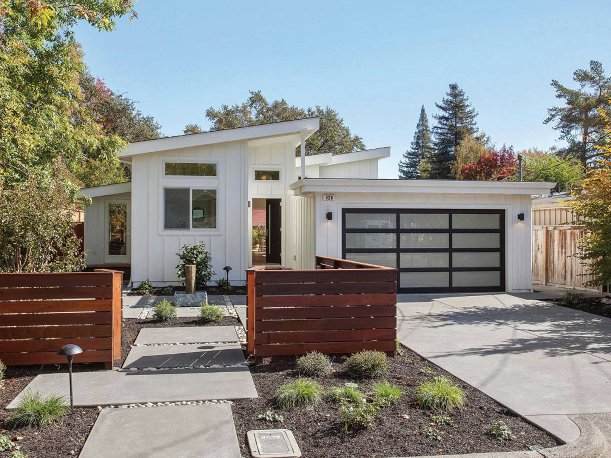 Midcentury modern in sonoma has lush backyard open floor for Modern house zillow
