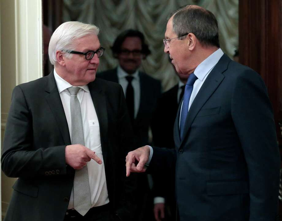 Germany's Frank- Walter Steinmeier (left) meets with Russia's Sergey Lavrov. Photo: Ivan Sekretarev / Associated Press / AP