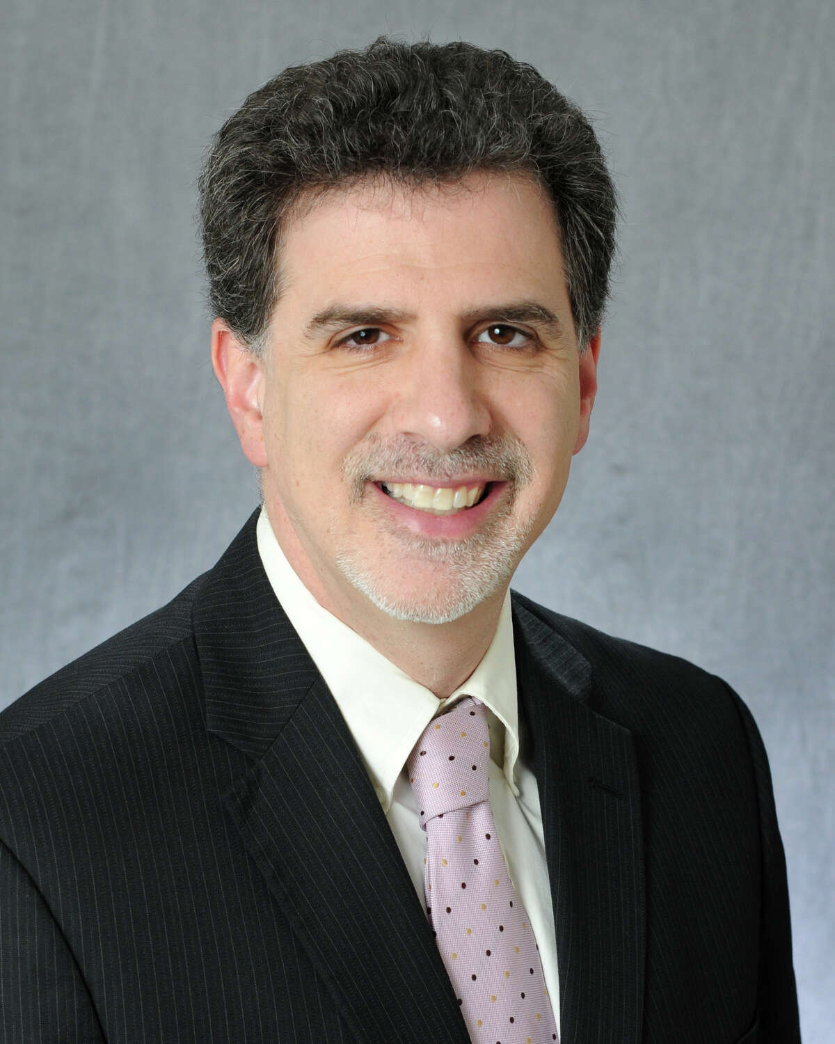 Paul Fronstin is director of health research for the Employee Benefit Research Institute.