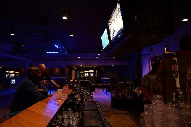 Bar Local. Kim Brent/@kimbpix