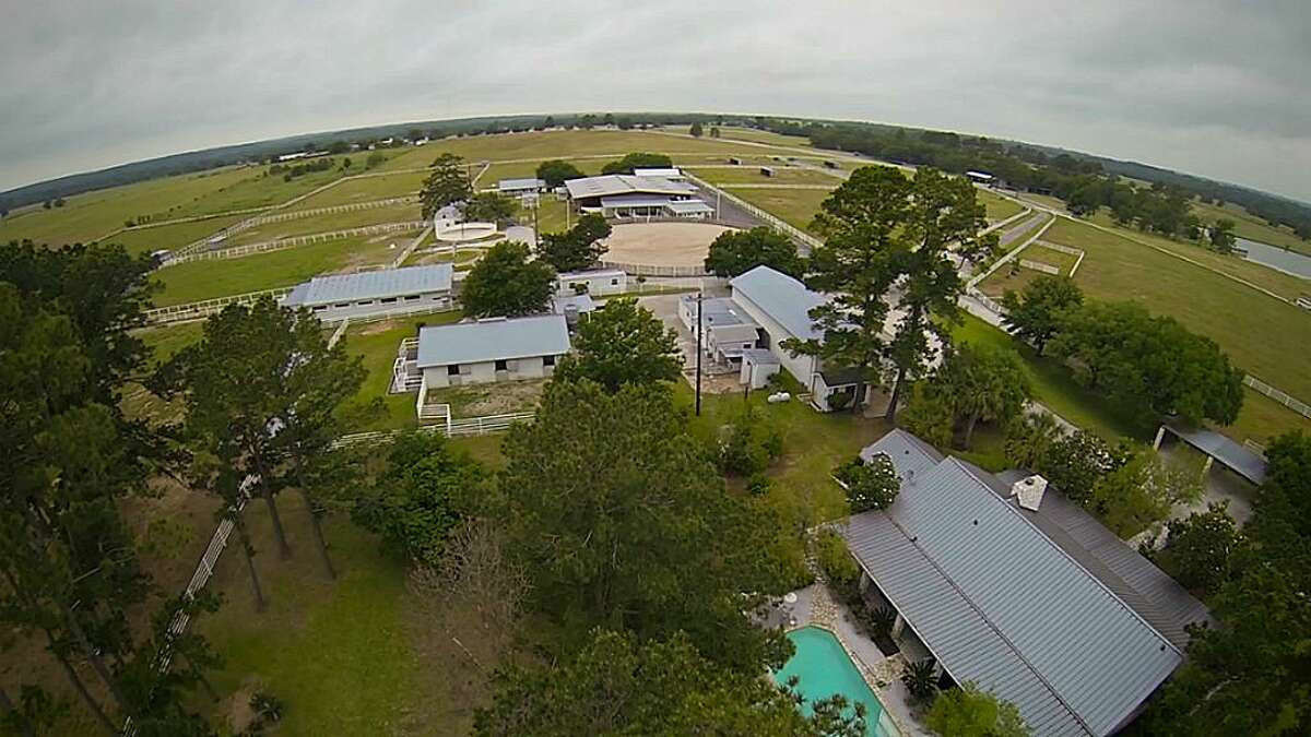 10285 Sanders Ranch Road Richards, Texas 77830    $3,950,000 / 3 Bedrooms / 3 Full Bathrooms