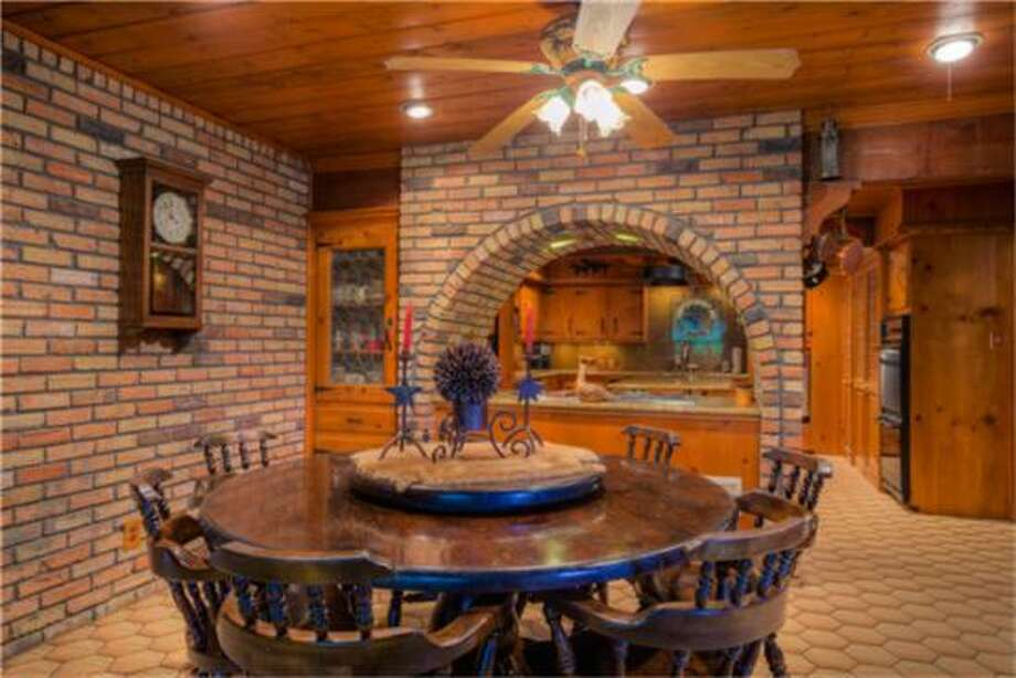 Texas exotic game ranch for sale - Houston Chronicle