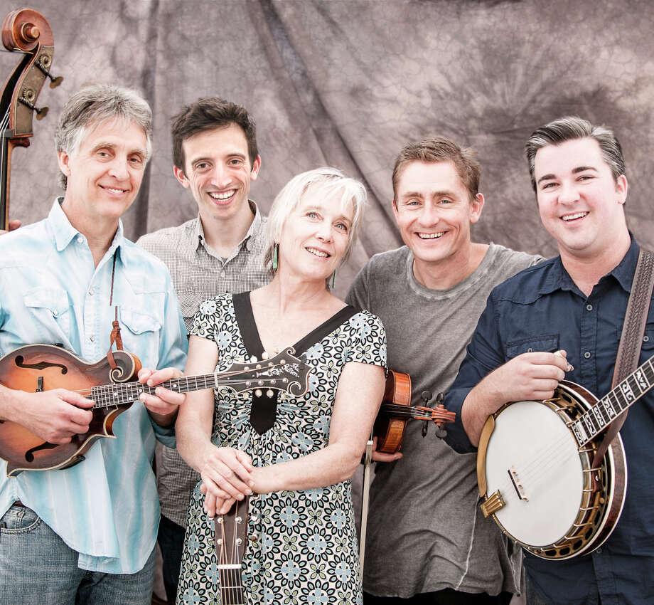 Laurie Lewis & the Right Hands, (from left) Tom Rozum, Andrew Conklin, Laurie Lewis, Chad Manning and Patrick Sauber. The band plays Saturday at Freight & Salvage. Photo: Scott Peterson / ONLINE_YES