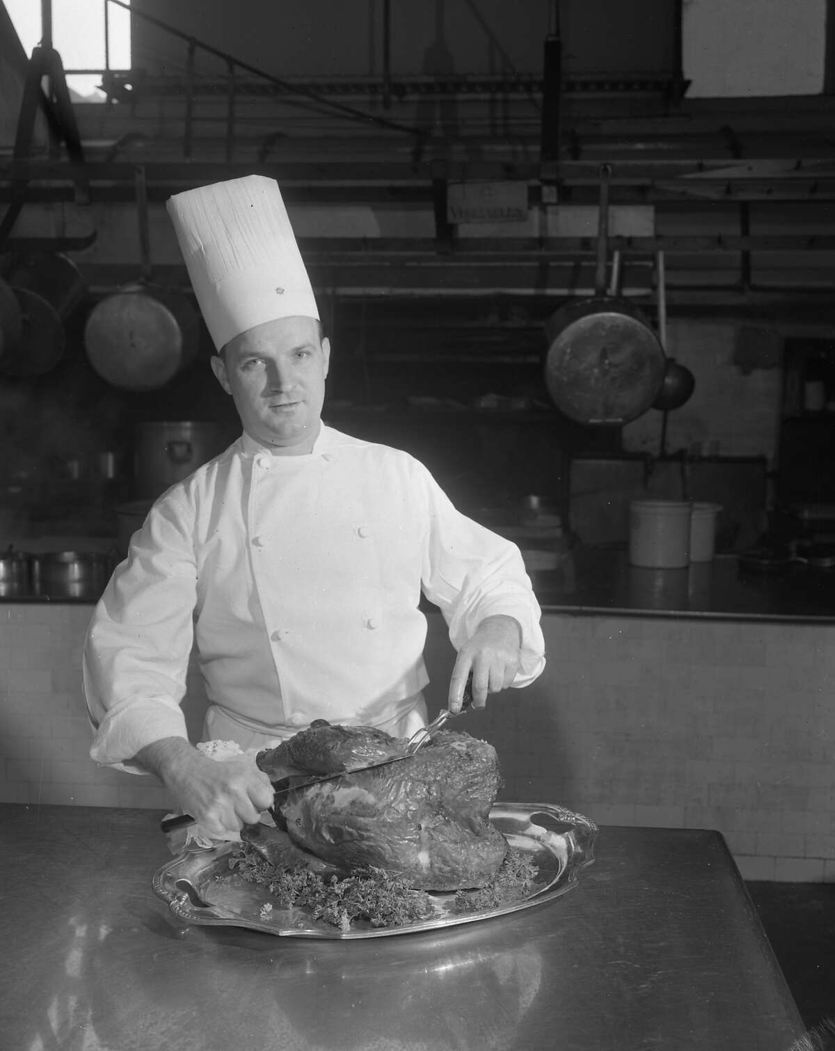 In 1956, San Francisco Chronicle columnist Art Hoppe visited Harry Dailey, the chef of San Francisco's Palace Hotel, for a hands-on turkey carving demonstration. Photographer Art Frisch tagged along to take a series of beautiful photos of the