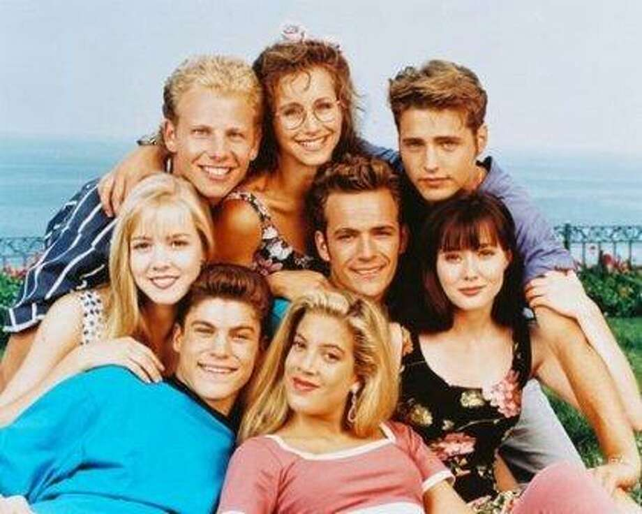 "Let's take a look back at the major players of ""90210,"" then and now.Here's the the original main cast of Fox's ""Beverly Hills, 90210."" (Ian Ziering, Gabrielle Carteris, Jason Priestley, Shannon Doherty, Tori Spelling, Brian Austin Green, Jennie Garth and Luke Perry.) Photo: Fox"