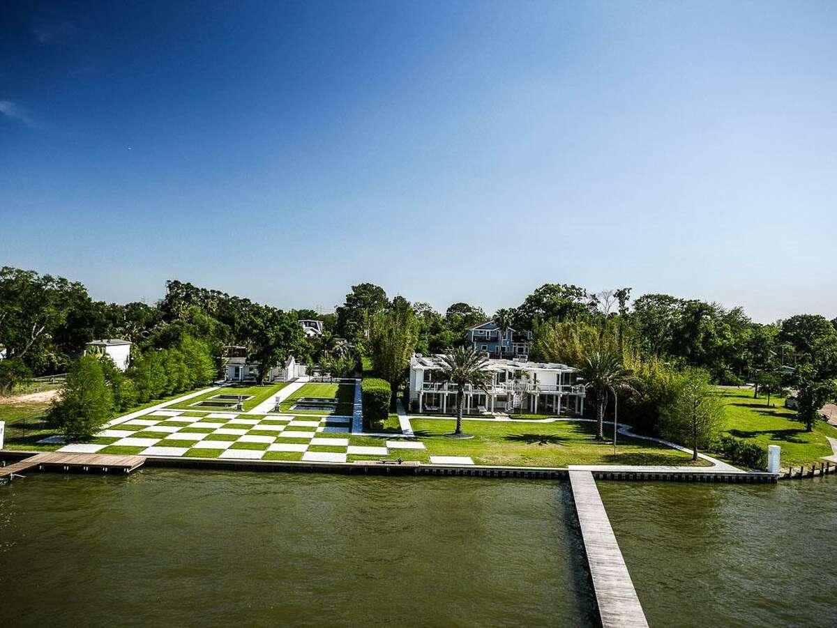 1822 Cove Park League City, Texas77573 $4.3 million / 3 Bedrooms / 3 Full & 1 Half Bathrooms