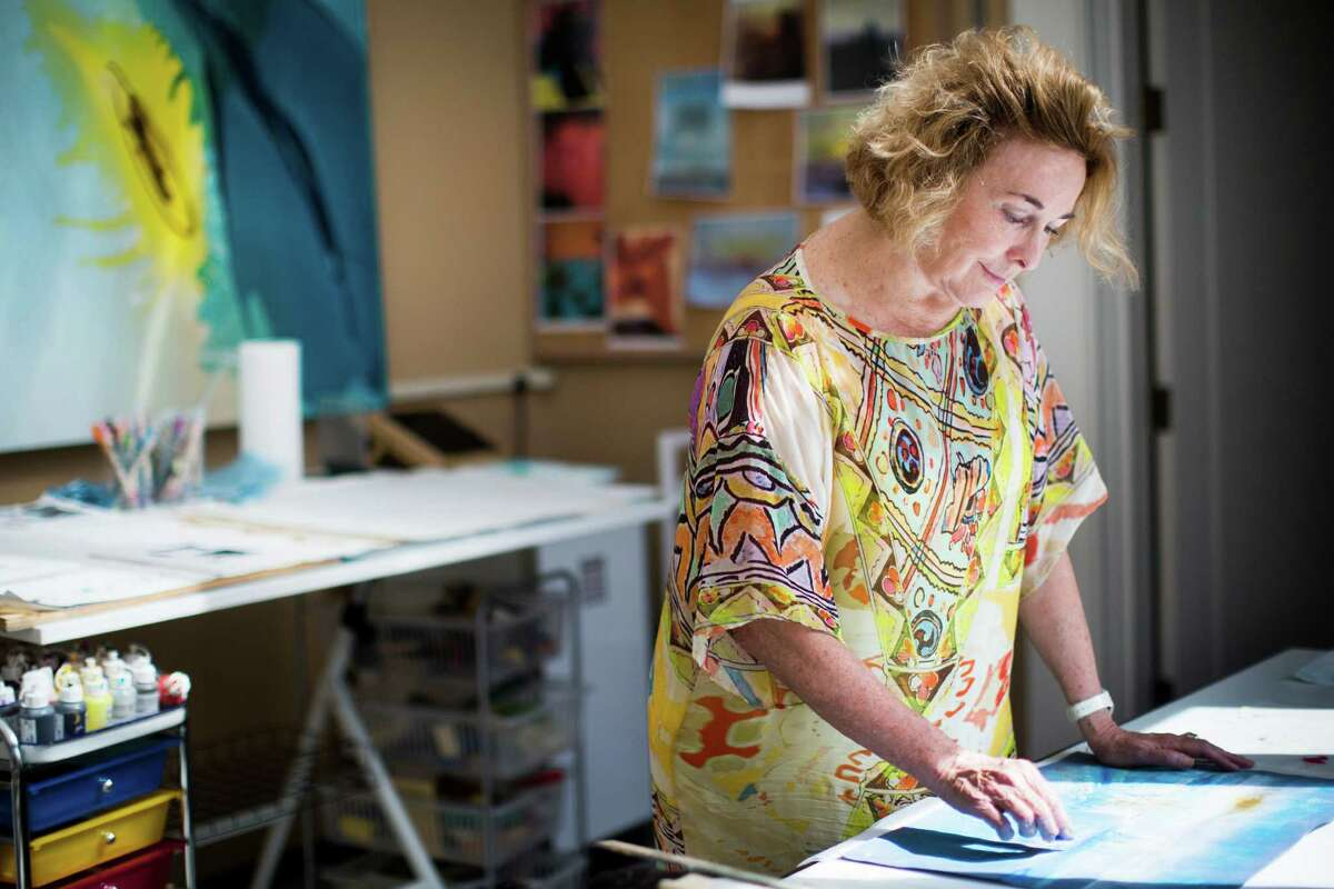 Hines touches on faith and spirituality with her paintbrush. The current exhibit features works depicting Jerusalem cityscapes and color-driven Torah-inspired pieces.