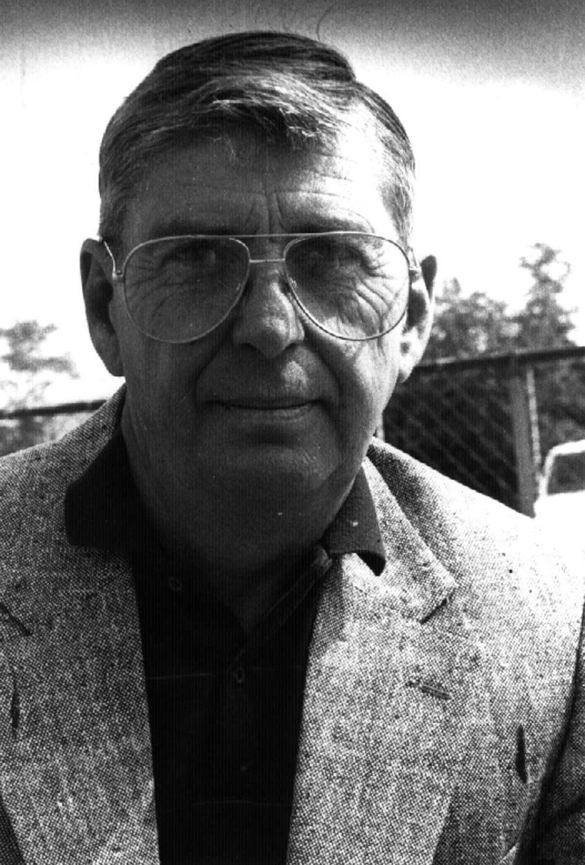 TOM CUNNINGHAM--former TU Sports Editor, and Public Relations 7/95 --1-- loucks