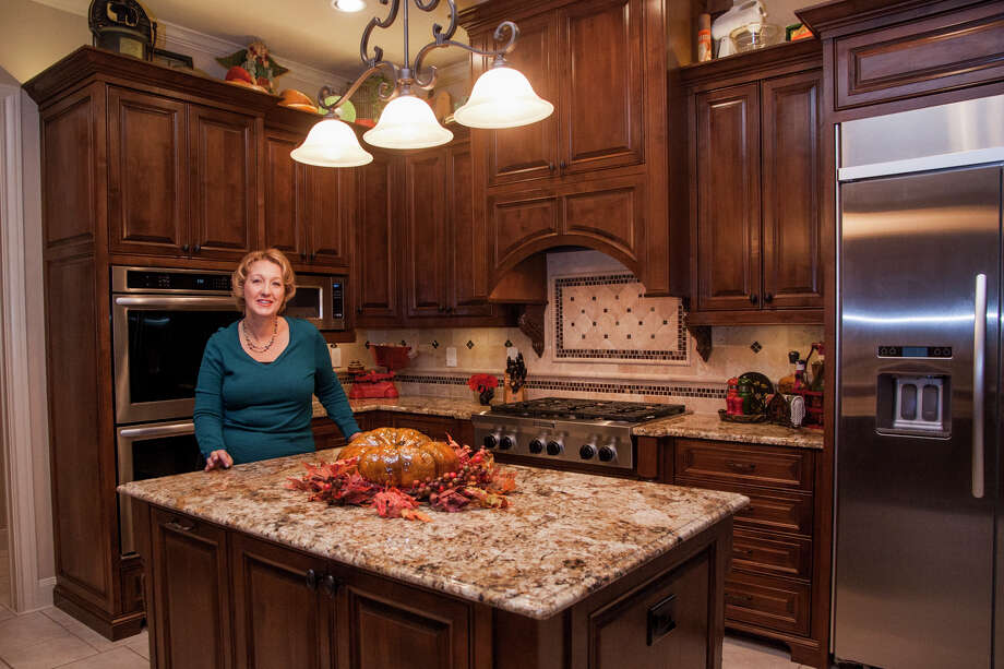 When Sheryl Ryan redid her kitchen in Garden Ridge, she put into practice the principles she uses in her job as a certified kitchen designer and interior designer. Photo: Julysa Sosa / Julysa Sosa For the San Antonio Express-News