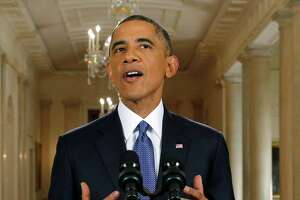 Defying GOP, Obama to spare 5 million from deportation - Photo