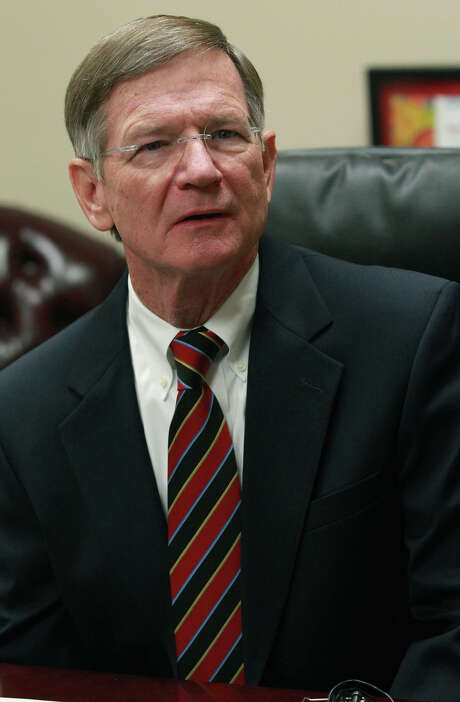 Rep. Lamar Smith says advanced STEM educatoin is necessary for students to succeed. Photo: JOHN DAVENPORT /SAN ANTONIO EXPRESS-NEWS / ©San Antonio Express-News