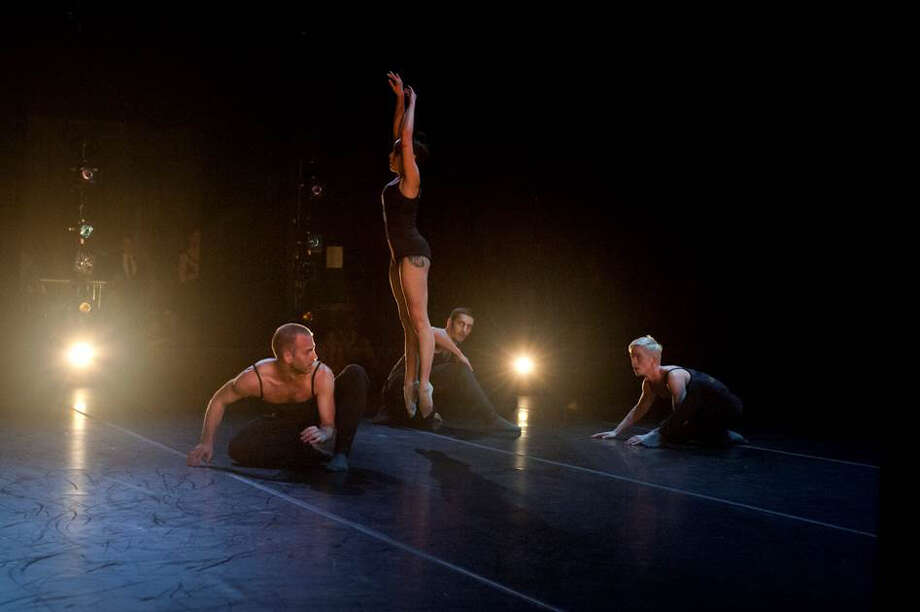 Raychel Diane Weiner with the men of Post:Ballet. Photo: Natalia Perez / ONLINE_CHECK