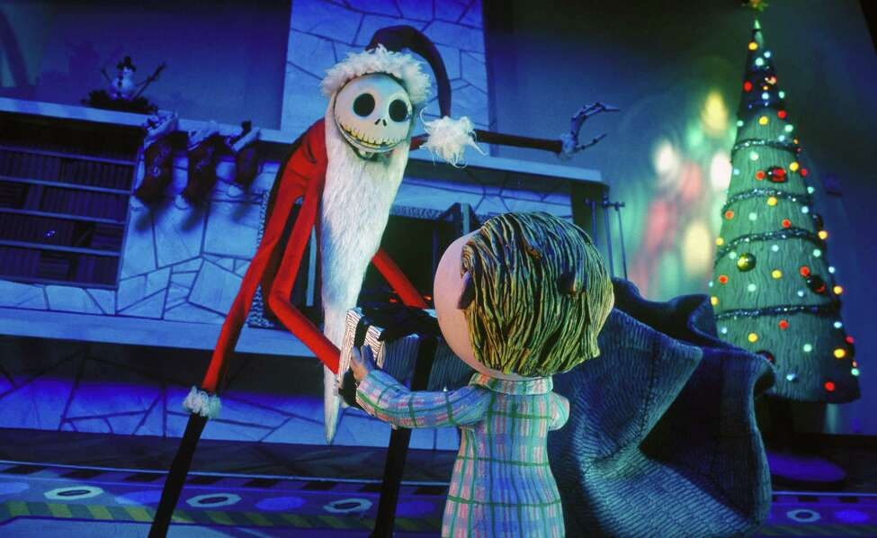 Dec. 7: Christmas Pictures with Jack and Sally