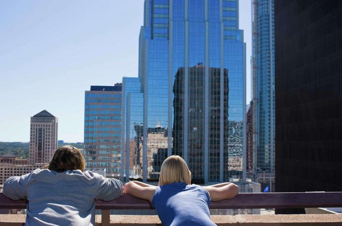 13. Austin, Texas ♀ 152,211 single women
