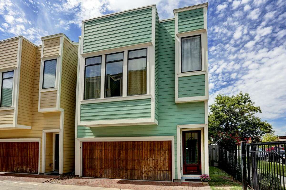 The Heights 318 West 28th St. Price: $339,000 Bed/Bath: 3/2 School District: Houston Source: HAR