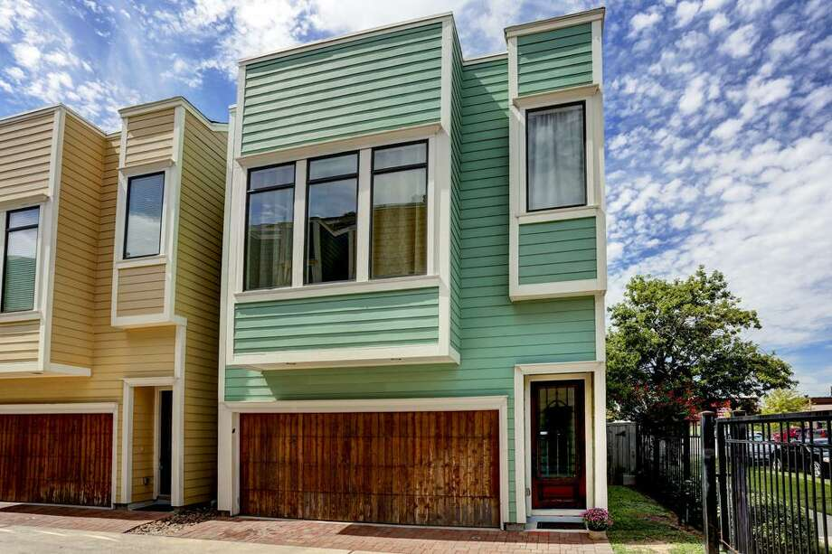 The Heights318 West 28th St. Price: $339,000Bed/Bath: 3/2School District: HoustonSource: HAR Photo: Houston Association Of Realtors
