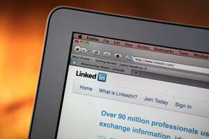 Should you broadcast your job search on social media? - Photo