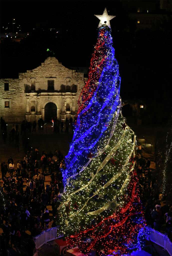 A View Of 55 Foot White Fir Christmas Tree And The Alamo After The 29th