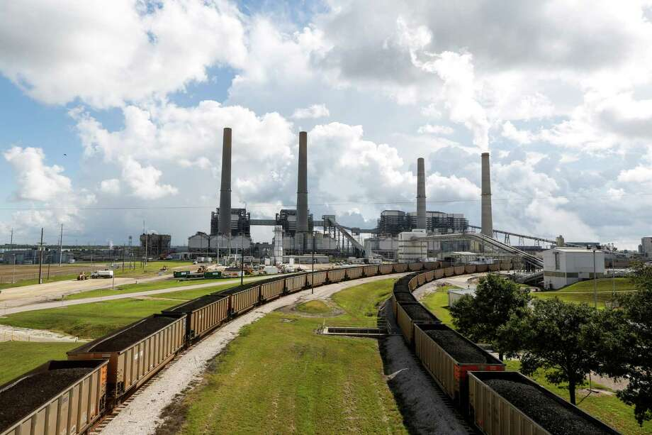 NRG Energy says a carbon capture project under construction at its W.A. Parish power plant in  Fort Bend County is a major part of its plans to cut its carbon emissions in half by 2030. Photo: Eric Kayne, INVL / Invision
