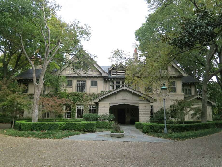 Dallas millionaire Andy Beal will demolish the historic Trammell Crow house, the Dallas Morning News reports. He's hired a company to help sell the fixtures and other items that outfit the home.>>Click to go inside, and to also see the Hicks mansion that was listed at $100 million. Photo: Courtesy Of Allie Beth Allman & Associates