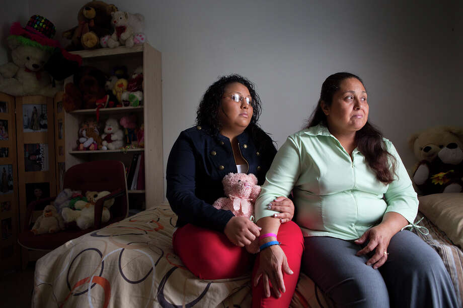 """Norma Ramirez, left, a """"Dreamer,"""" hoped President Barack Obama would extend the program's privileges to her mother, Iris Ramirez, who is living in the country illegally. Photo: Cody Duty, Staff / © 2014 Houston Chronicle"""