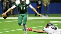 Rattlers lose QB but win game - Photo