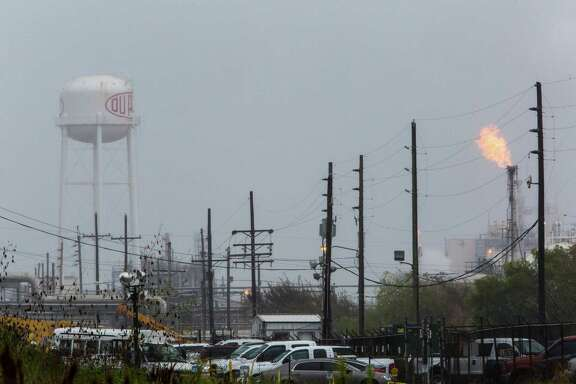Four workers died at DuPont's chemical plant in La Porte after being exposed to a chemical called methyl mercaptan. Federal and state officials have launched an investigation. Friday, Nov. 21, 2014, in La Porte. ( Marie D. De Jesus / Houston Chronicle )