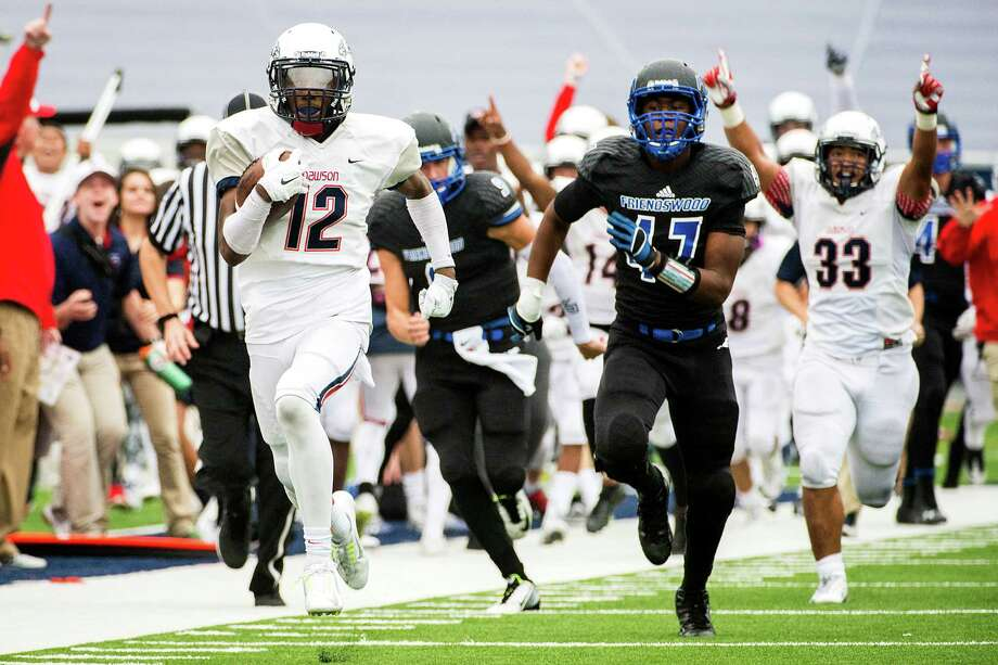 Dawson's Brailon Mouton (12) leaves the Friendswood defense behind as he races down the sideline on an 80-yard punt return for a touchdown on Saturday. Photo: Smiley N. Pool, Staff / © 2014  Houston Chronicle