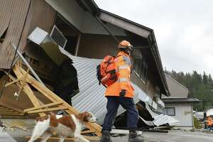 Strong quake hits Japan near Nagano, site of 1998 Winter Olympics - Photo