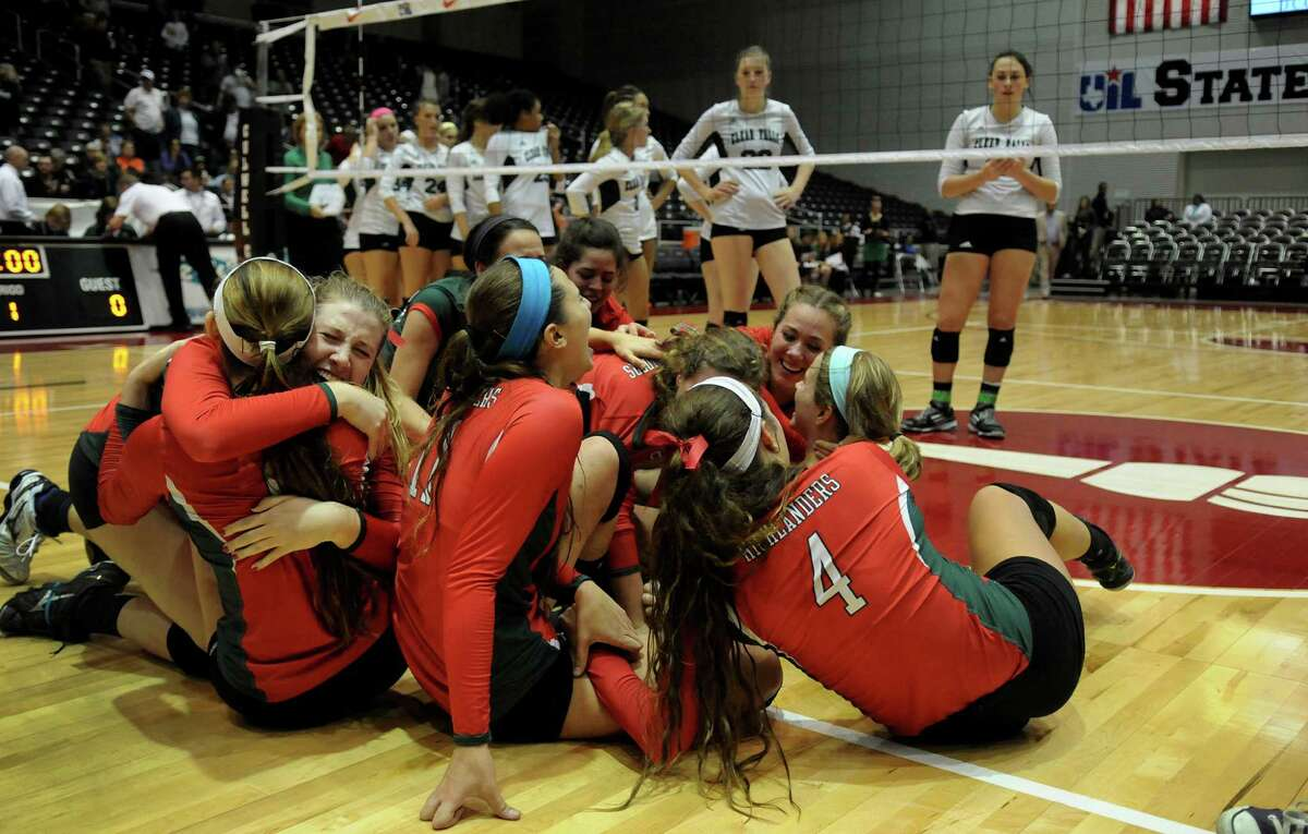 A coaching change hasn't resulted in a dip in volleyball success for The Woodlands.