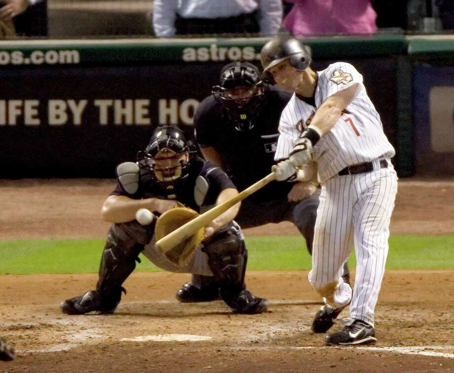 Craig Biggio picks up the 3,000th hit of his career on June 28, 2007, on his way to a final total of 3,060. Of the 28 members of the 3,000-hit club, only Biggio, Pete Rose, Rafael Palmeiro and the recently retired Derek Jeter are not Hall of Fame inductees. Photo: Brett Coomer, Staff / Houston Chronicle