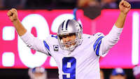 Romo, Bryant upstage Beckham's amazing TD - Photo