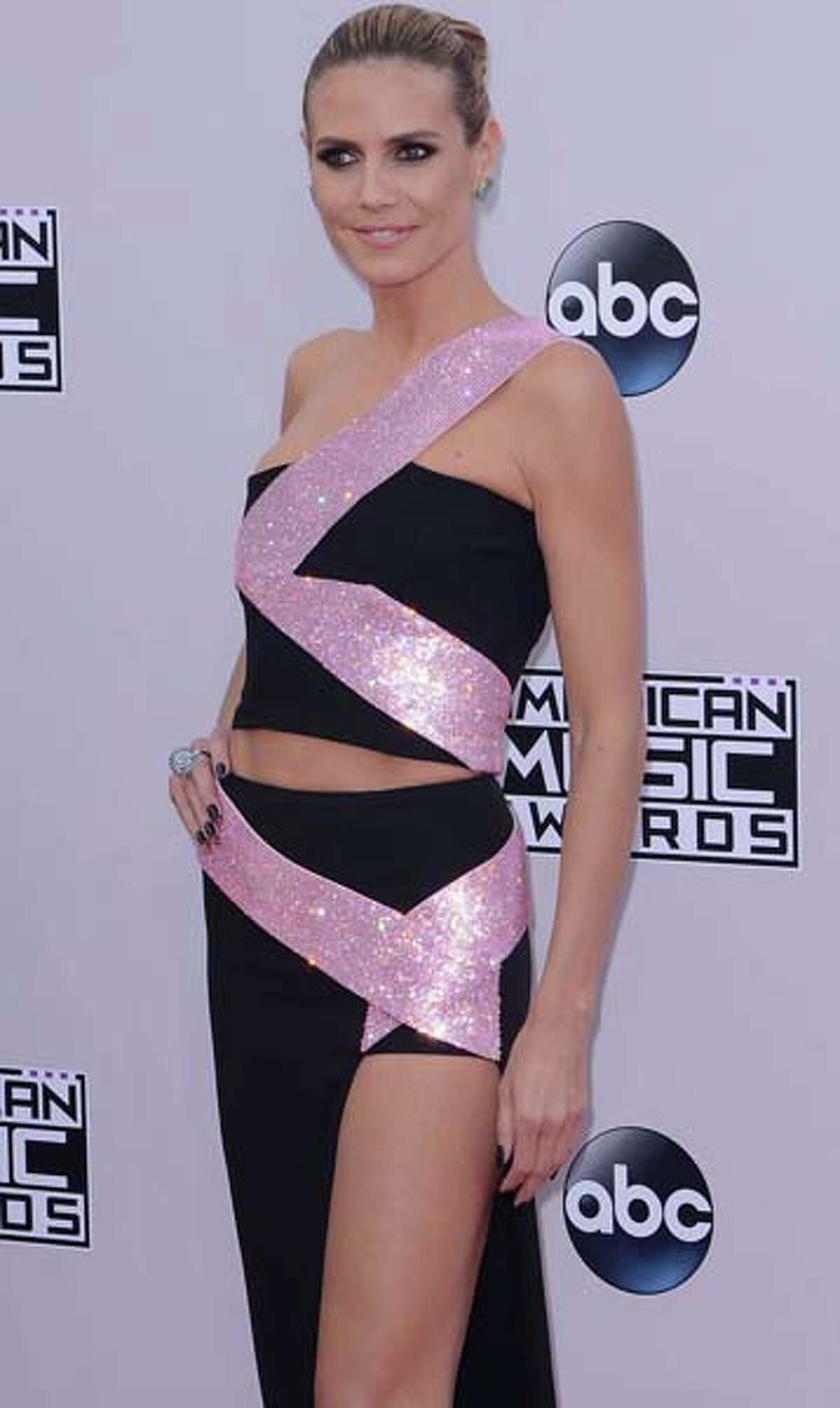 Heidi Klum, on the other hand, used a ribbon dancer with less form-fitting and kind of weird results.