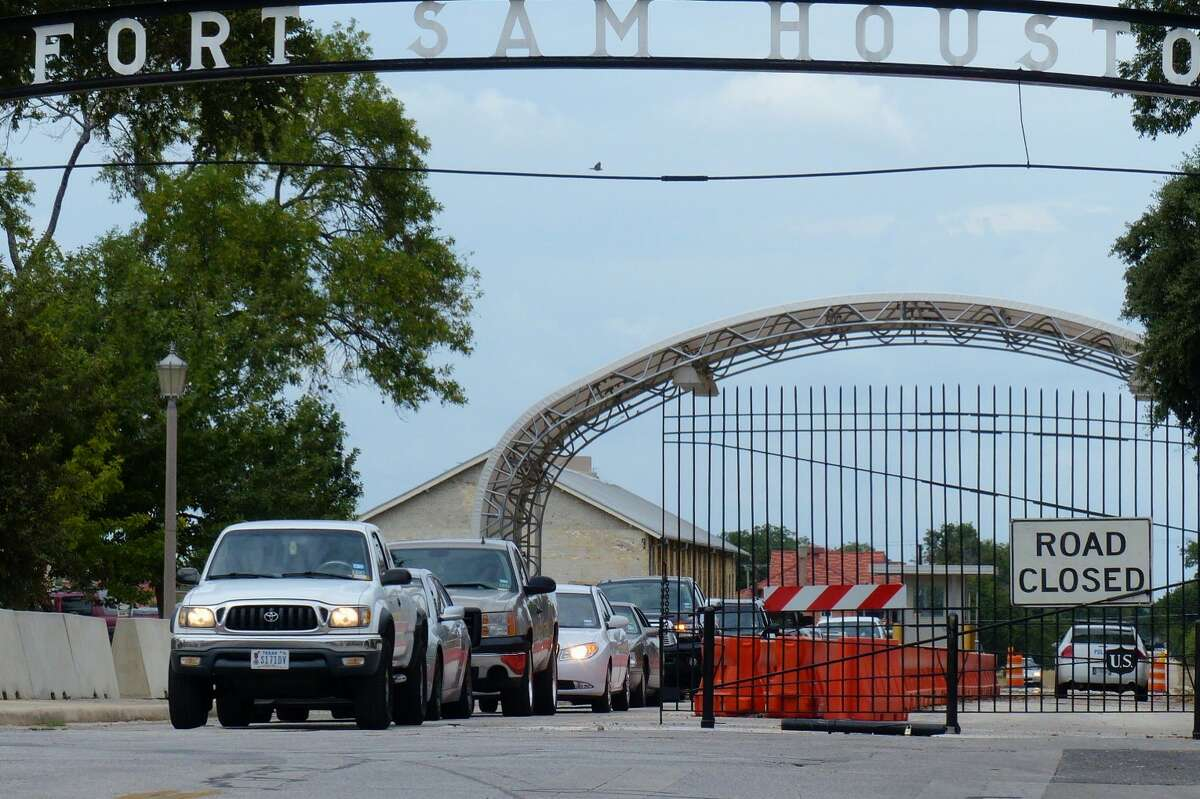Traffic exits Fort Sam Houston at the New Braunfels at Grayson gate in this Sept. 17, 2013, file photo.