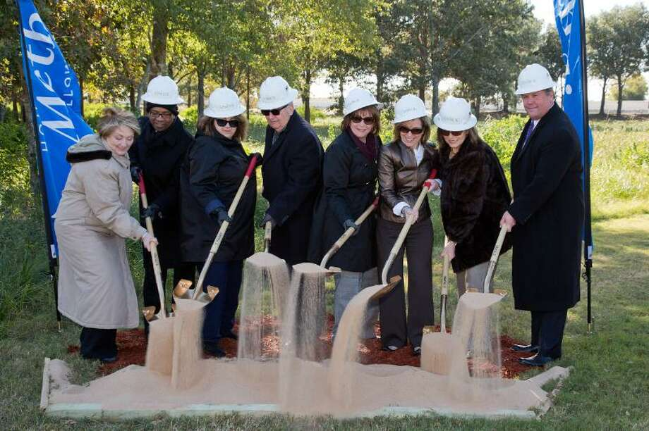Houston Methodist breaks ground at the new Houston Methodist Cypress Emergency Care Center. (Houston Methodist Willowbrook Hospital executives and board of trustees pictured from left): Linda Humphries, Board of Trustees; Reginald Lillie, Board of Trustees; Gail Schubot, vice chair, Board of Trustees; Jack Searcy, chair, Board of Trustees; Beryl Ramsey, chief executive officer, Houston Methodist Willowbrook Hospital & senior vice president, Houston Methodist; Debbie Sukin, chief executive officer, Houston Methodist The Woodlands Hospital & regional senior vice president, Houston Methodist; Sheila Fata, chief nursing officer & vice president; and Keith Barber, chief financial officer & vice president of operations. (PRNewsFoto/Houston Methodist) Photo: Richard J. Carson, PR NEWSWIRE / Houston Methodist