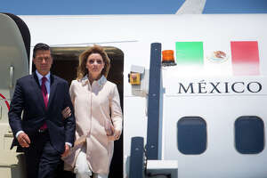 Few believe Mexican first lady's account of buying mansion - Photo
