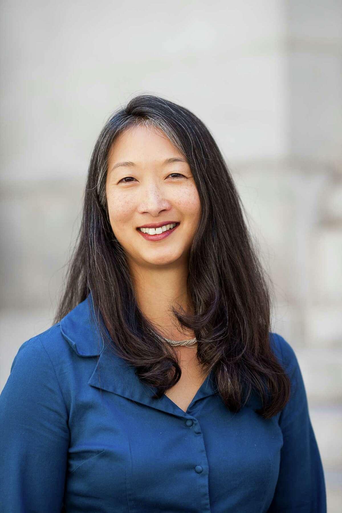 Elance-oDesk appointed Daphne Li to senior vice president of enterprise. Headshot portraits for Convo