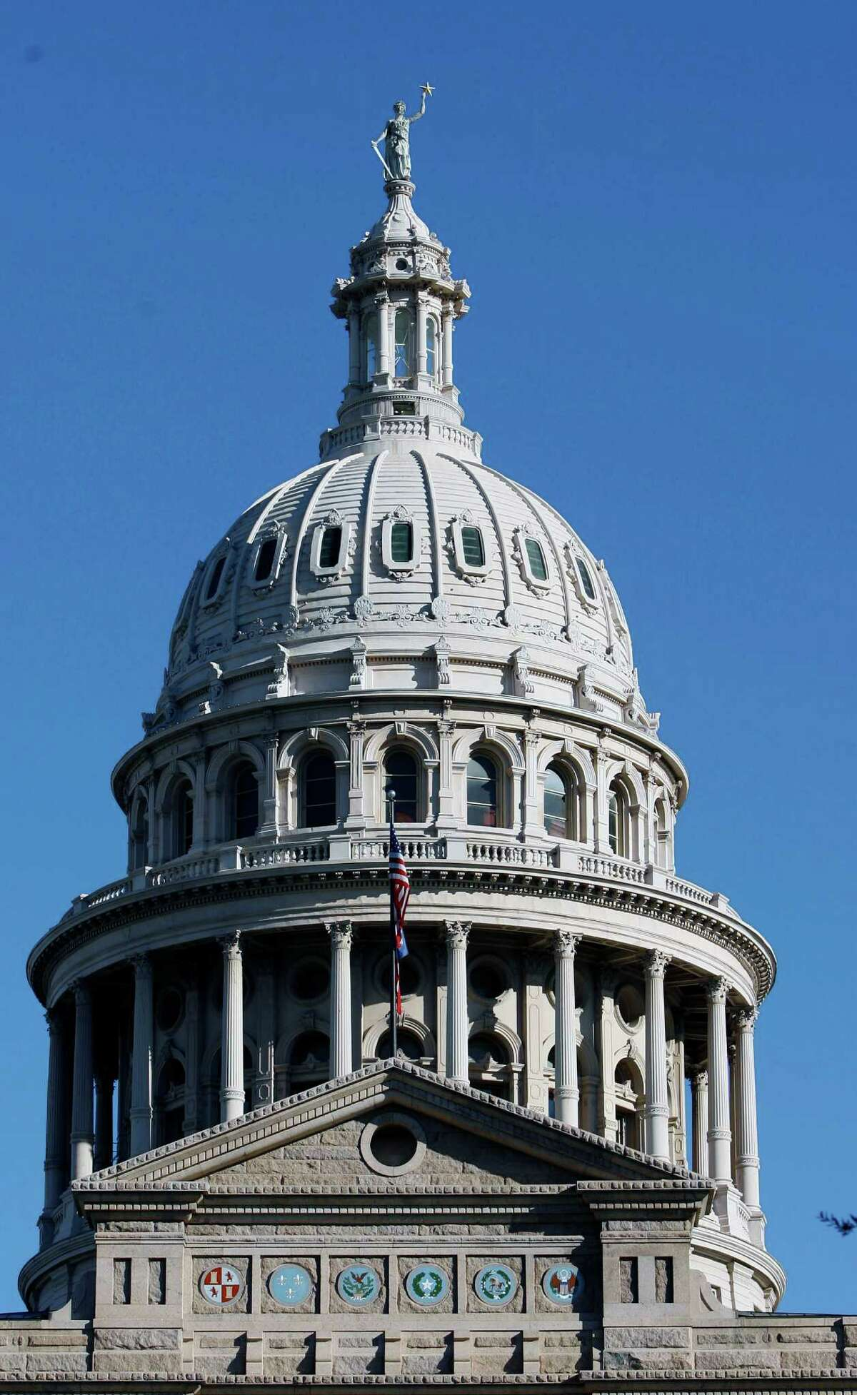 To do their jobs well, Texas lawmakers will need to be able to freely assess the state's needs when they convene at the Capitol in the next legislative session.
