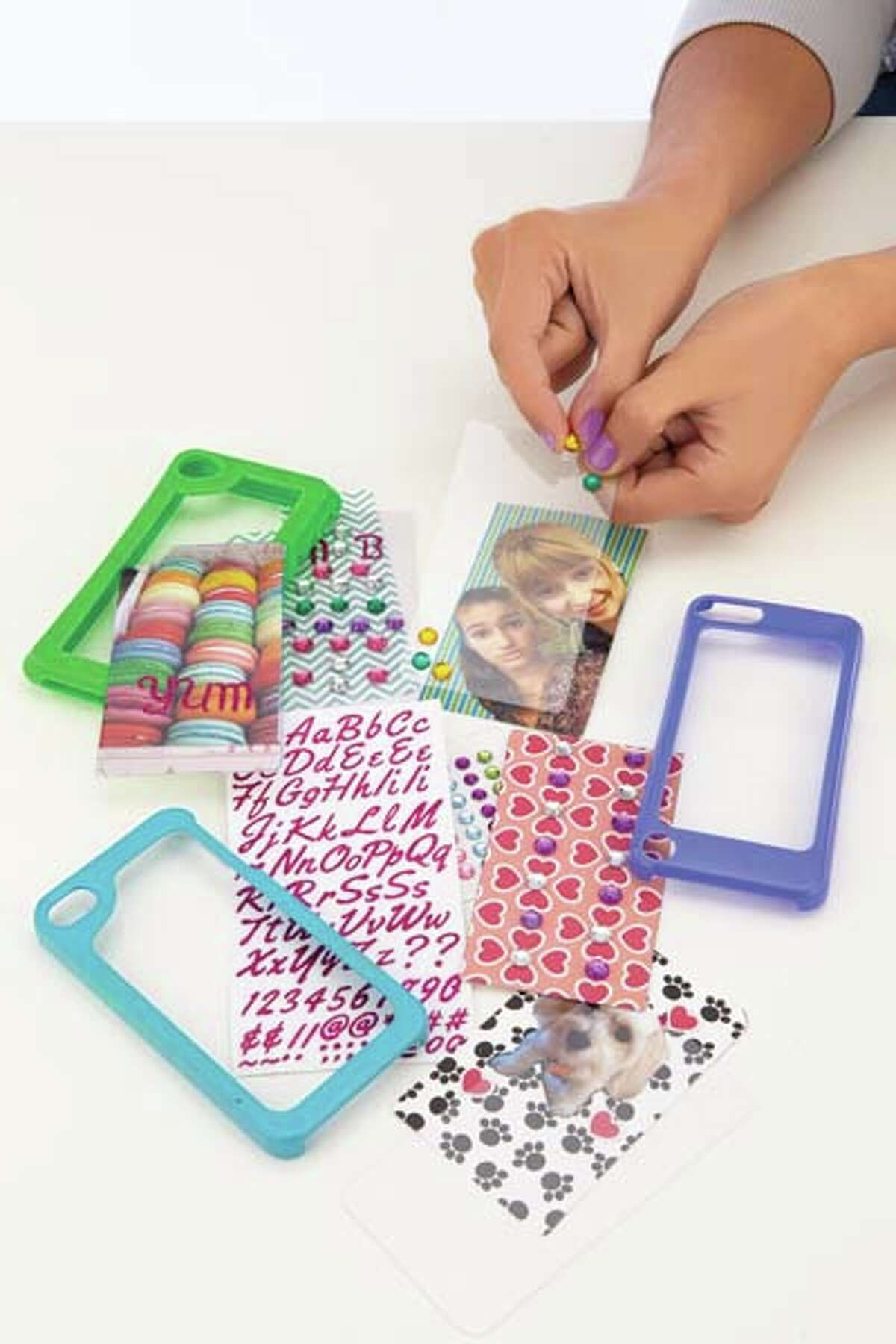 Maya Group Make Your Case Cell Phone Cover Kits $24.99