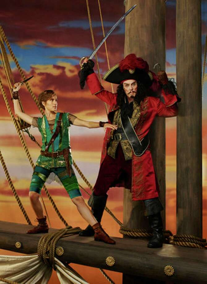 "Allison Williams has the title role and Christopher Walken is Captain Hook in ""Peter Pan Live!"" Photo: Nino Munoz/ / Nino Munoz/NBC/NBCU Photo Bank / ONLINE_YES"