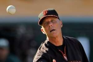 Giants' Tim Flannery retires: 'I'm going to send myself home safely.' - Photo