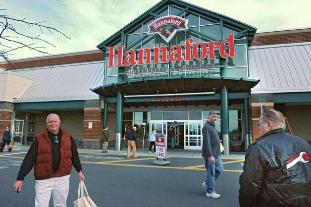 Customers come and go as shoppers were plentiful at the Hannaford in Latham Farms on Tuesday, Nov. 25, 2014 in Latham, N.Y. Shoppers are getting ready for a snow storm tomorrow and then Thanksgiving on Thursday. (Lori Van Buren / Times Union) Photo: Lori Van Buren