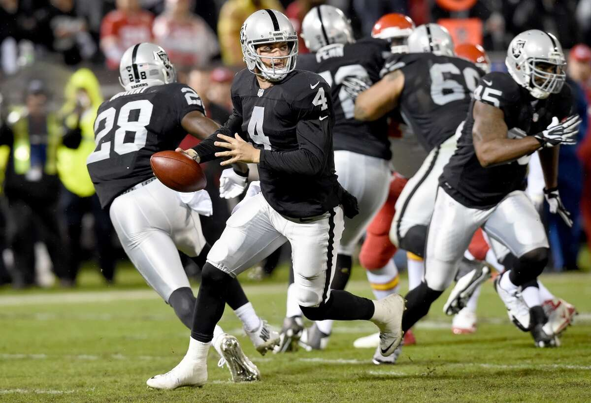 #31. Oakland Raiders (1-10) Last week: #32 To show how misleading statistics can be, the Raiders are the most efficient offense in the red zone, scoring touchdowns 77.8 percent of the time.