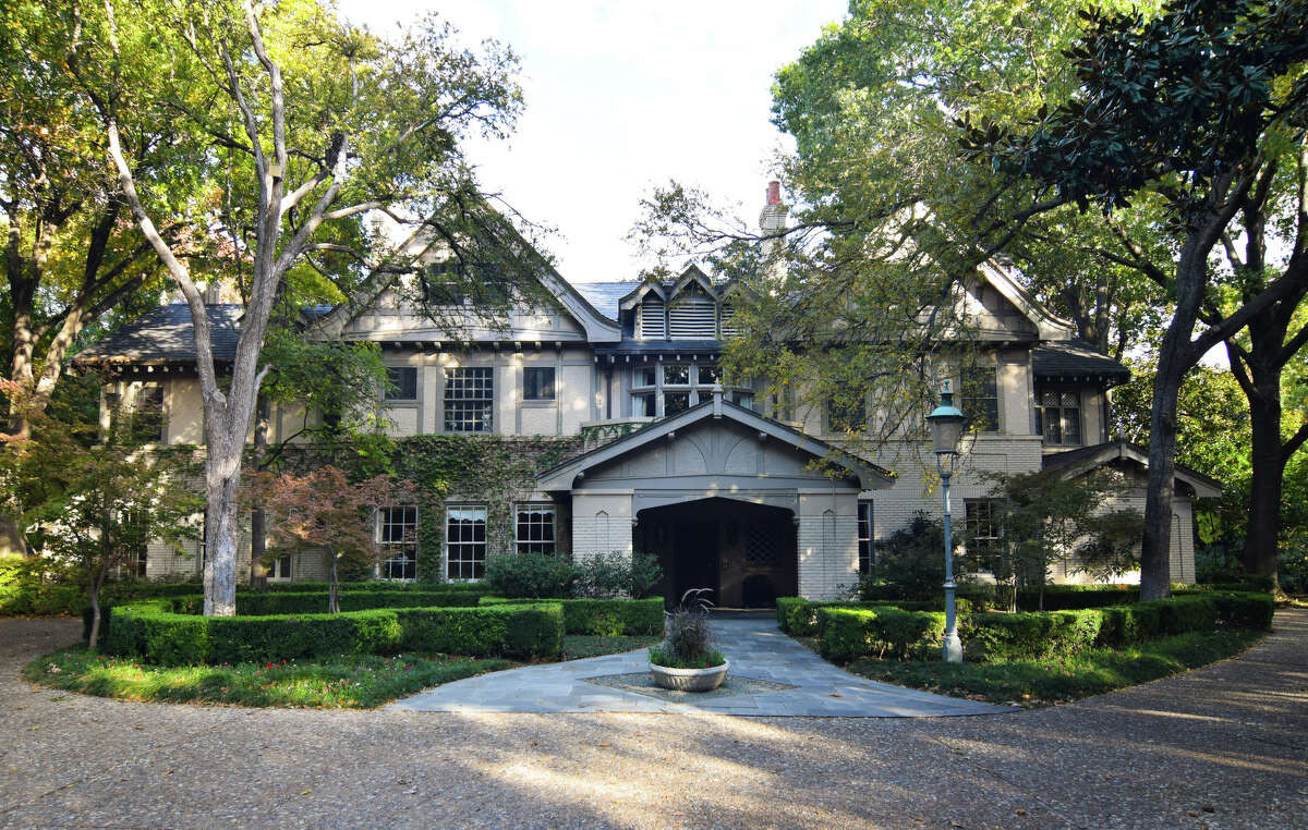This historic Dallas estate sits on 6.14 acres in Highland Park. The Tudor-style main house has more than 10,000 square feet and sits adjacent to Cowboys owner Jerry Jones' home.