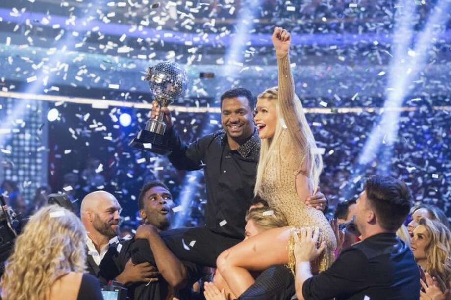 See who will vie for the mirror ball trophy in Season 20.