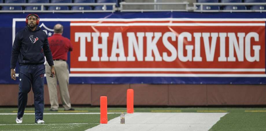 SLIDESHOW: Football has long been a staple of the Thanksgiving holiday weekend. This year's tripleheader kicks off at 11:30 a.m.Scroll through the slideshow to see some of the best memories from NFL games played on Thanksgiving. Photo: Karen Warren, Houston Chronicle
