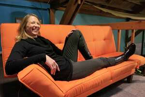 A rough ride to profit for CouchSurfing - Photo